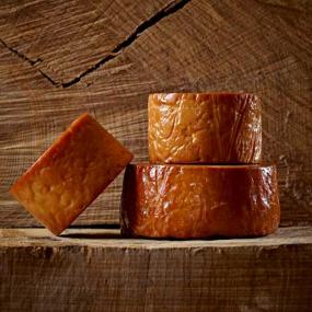Cheddar Oakwood Smoked PDO